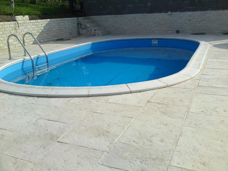 Piscine spa jacuzi accesorii piscine deva s c piscin for Constructii piscine romania